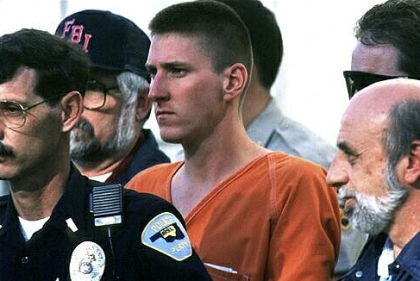 http://ctpatriot1970.files.wordpress.com/2010/04/timothy-mcveigh.jpg